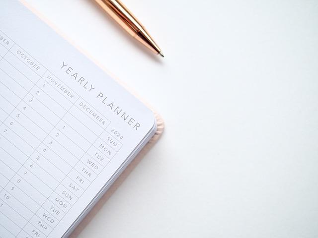 働く女性におすすめ!上手な手帳の書き方・役立つ文具とは?