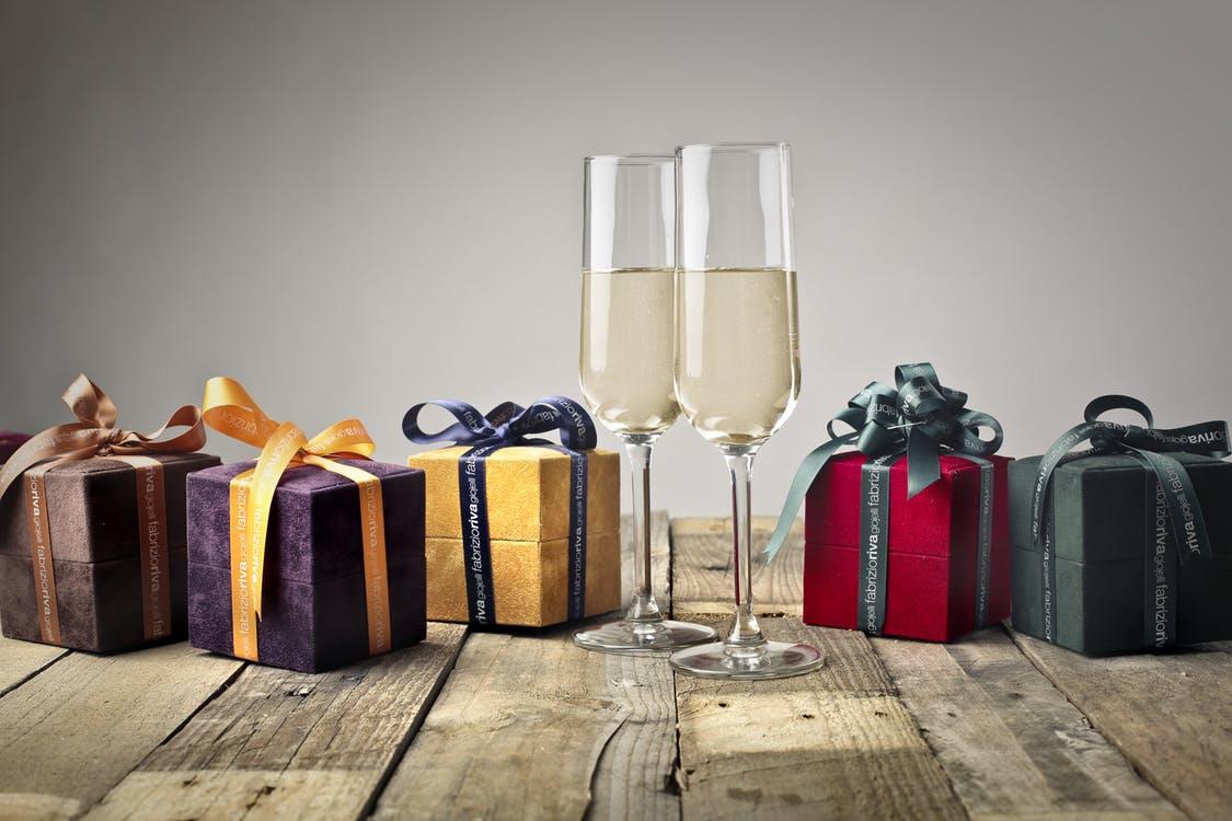 男性から女性へ~香水のプレゼントに隠された願望が!?~
